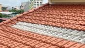 Nên dùng ngói đất nung hay ngói lấy sáng cho nhà phố?