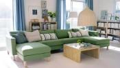 Không  gian phòng khách sang trọng với ghế sofa màu xanh