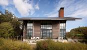 Một thiết kế nhà kết hợp cảnh quanh tự nhiên với nội thất hiện đại