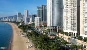 Bờ biển Nha Trang bị bức tử bởi condotel và các công trình cao tầng