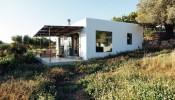 Bất ngờ với sự lột xác từ ngôi nhà kho thành ngôi nhà cấp 4 đầy thơ mộng trên đảo Ibiza