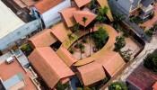 """Nhà Bắc Hồng: ngôi nhà được ví như """"một ngôi làng cổ giữa bối cảnh đô thị hóa"""""""