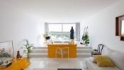 Ấn tượng với điểm nhấn màu sắc trong căn hộ 30m2 Modern Apartment