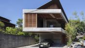 Chiêm ngưỡng ngôi nhà hiện đại Nhật Bản nằm giữa hai con sông