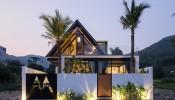 Ngắm nhìn căn biệt thự Maison Mansardée lung linh trong hoàng hôn tại chân núi Sơn Trà