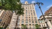 Căn penthouse hào nhoáng của ông chủ thương hiệu Giorgio Armani