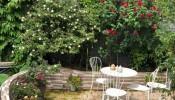 Khu vườn trên nóc nhà phố khiến nhiều người ao ước