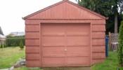 Thiết kế căn nhà nhỏ ấm áp từ gara xe ô tô cũ