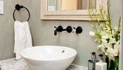 Làm thế nào để phòng tắm luôn ngập tràn tình yêu?