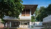 Ngôi nhà có kiểu mái chồng độc đáo tại Thái Nguyên