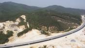 UBND Quảng Ninh nói gì việc đá rơi trên cao tốc Hạ Long - Vân Đồn
