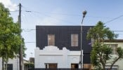 Giải quyết được bài toán lấy sáng và tiết kiệm chi phí cho ngôi nhà cũ mang tên Nido house