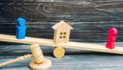 Vợ có nhà riêng cho thuê, chồng có được hưởng tiền thu về hàng tháng?