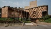Vẻ đẹp lạ của HIVE House với những khối lục giác ấn tượng lấy cảm hứng từ tổ ong