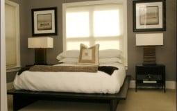 Phong thủy rất kỵ kê giường sát cửa sổ