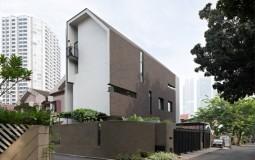 Điều gì giúp ngôi nhà phố EV House luôn mát mẻ?