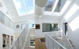 Lan can cầu thang thép lưới: xu hướng mới cho căn hộ hiện đại