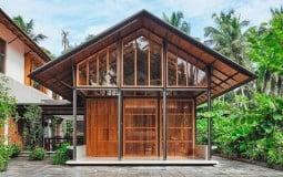 Căn nhà gỗ nhỏ xinh nép mình giữa thiên nhiên