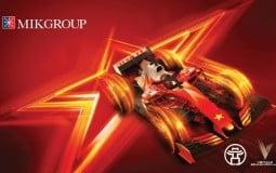 Khán đài F1 gọi tên thương hiệu bất động sản nào?