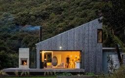 """Chiêm ngưỡng vẻ đẹp tự tại và lãng mạn của Back Country House – ngôi nhà nhỏ """"độc lai độc vãng"""" giữa núi rừng"""