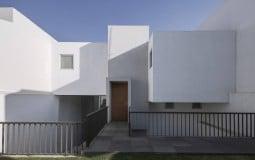 Penélope House – Ngôi nhà sở hữu thiết kế thoáng đãng, không cần dùng nhiều điện năng vào ban ngày