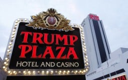Sòng bạc Trump Plaza của ông Trump bị giật sập bằng thuốc nổ