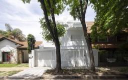 JI House: Ngôi nhà được cải tạo nhà 2 tầng thành một không gian sống nên thơ
