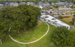 Rural House: Nhà nông thôn nằm trên mảnh đất hình tam giác độc đáo