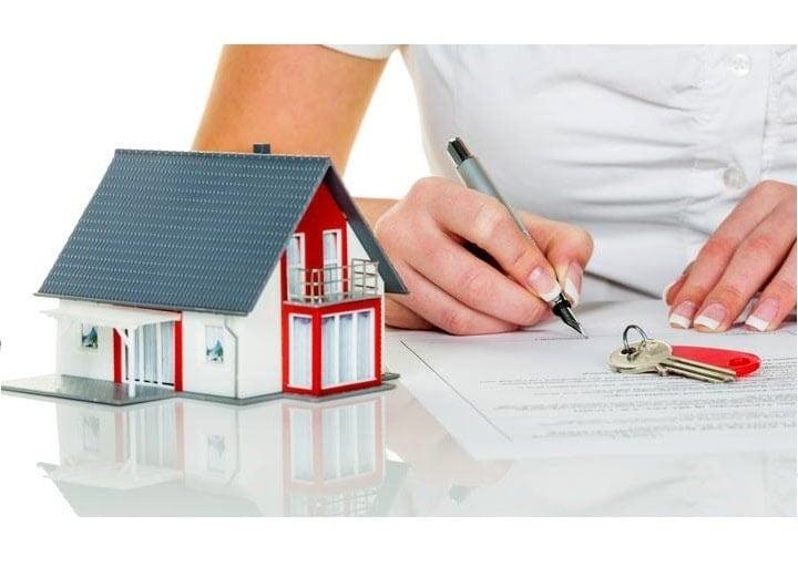 Khi tiến hành kí giấy đặt cọc mua nhà