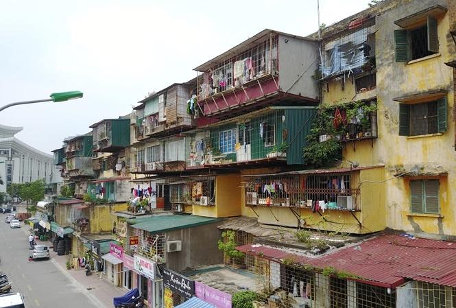 Doanh nghiệp kinh doanh bất động sản: Vật lộn trong rừng thủ tục