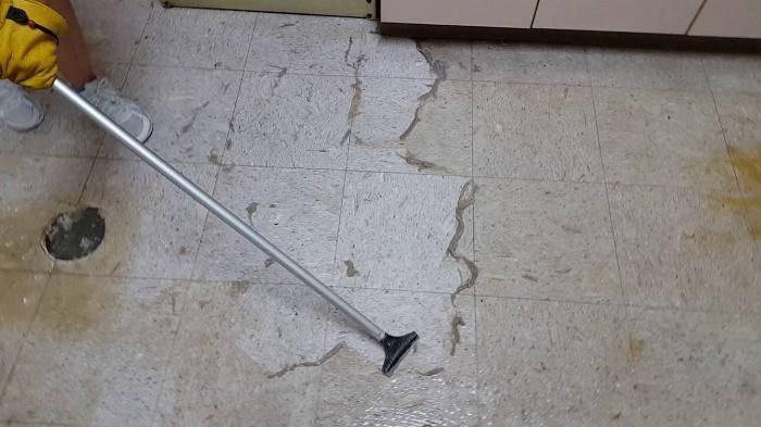 Cách làm sạch khe sàn gạch và gạch ốp lát bằng những vật liệu đơn giản