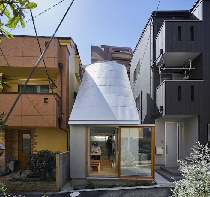 Bất ngờ với sự tiện nghi của ngôi nhà 18m2 - Love2 House ở Tokyo