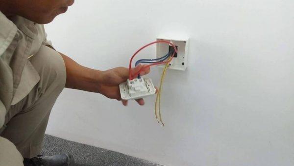 Hướng dẫn cách đi dây điện âm tường an toàn và khắc phục sự cố khi gặp