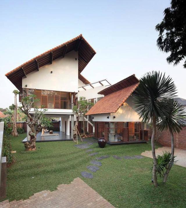 Bên trong ngôi nhà có mặt tiền độc đáo tại Indonesia
